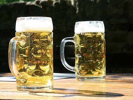 Heles Bier Wallpaper Bild