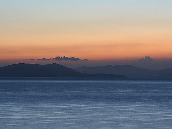 Berge meer hintergrund bild download