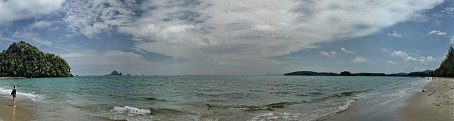 Strand Triple Screen Wallpaper