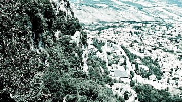 Berge Marino Wallpaper